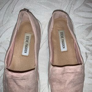 Steve Madden Shoes - Steve Madden pink slip-ons with silver metal toe